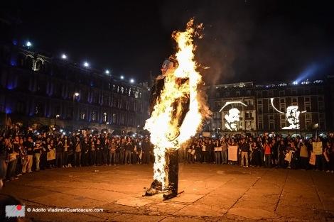 Adolfo Vladimir/CUARTOSCURO.COM, Marcha Acción Global por Ayotzinapa 3, November 20, 2014.
